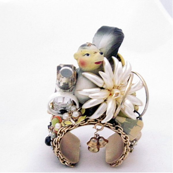 Sweet Scented Skunk Cuff