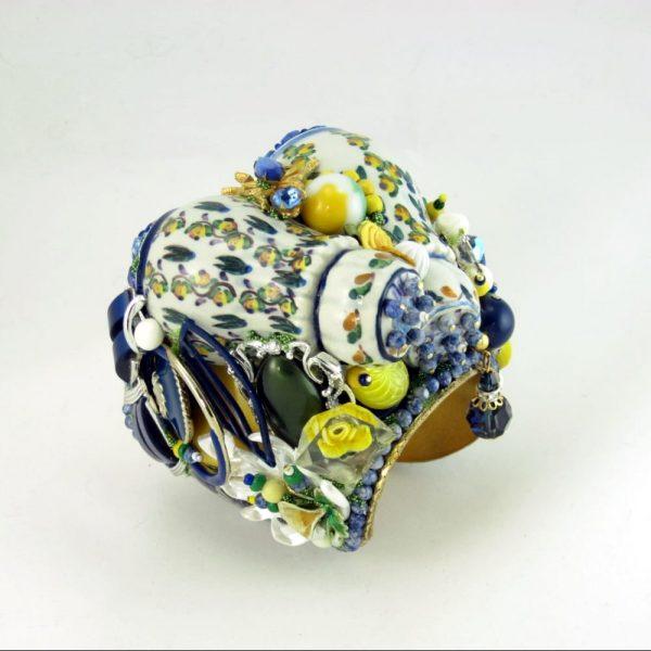 Cheery Yellow Rose Shaker Art Couture