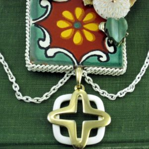 Painted Daisy Tile Necklace