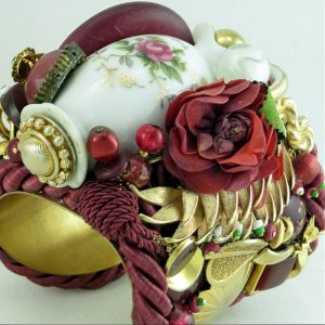 Moss Rose Cuff with Miniature Vase Story