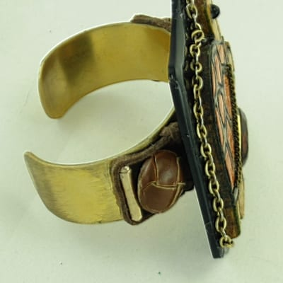 Carved Wood Turtle Bracelet