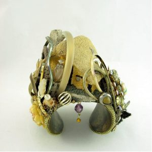 David Winter Cottage Couture Cuff